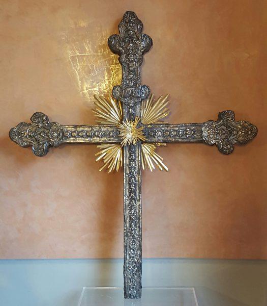 Croce-in-argento-XVIII-sec-jpeg