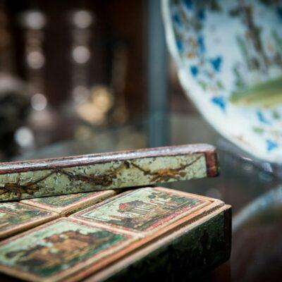 scatola-giochi-antichità-grandi-jpeg