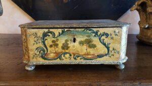 scatola-antica-dipinta-antichità-grandi-jpeg