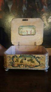 interno-scatola-antica-antichità-grandi-jpeg