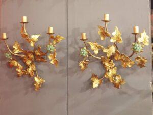 Coppia di applique in metallo dorato-jpeg