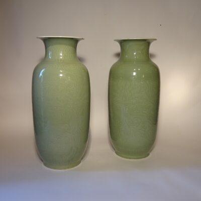 Coppia di vasi in porcellana celadon fine XIX sec.