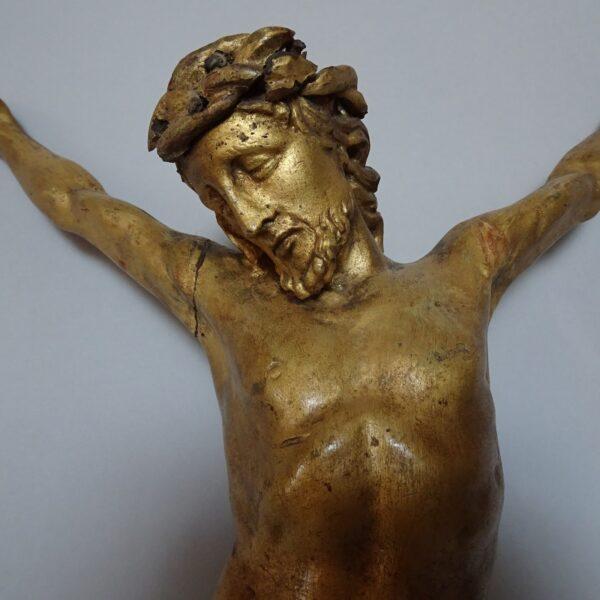 Cristo in legno dorato-1