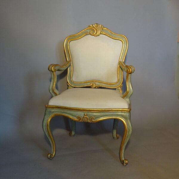 Poltrona Luigi XV laccata e dorata-1