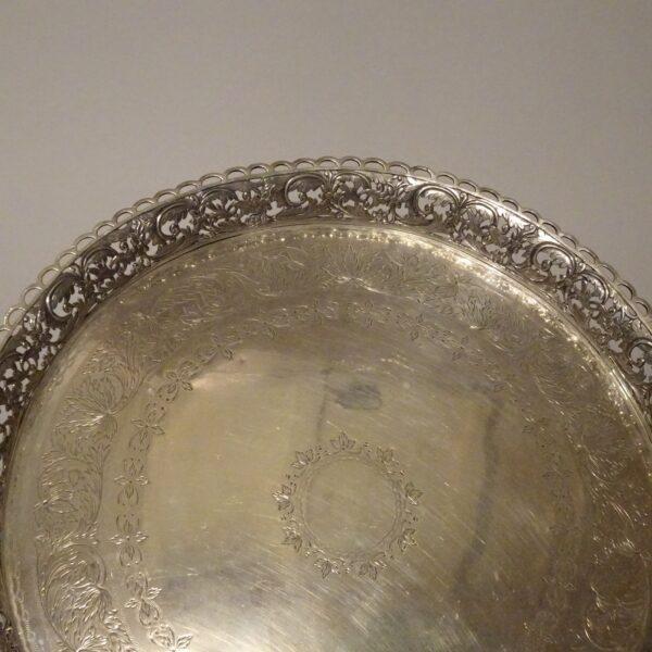 Vassoio in argento metà XIX secolo-3