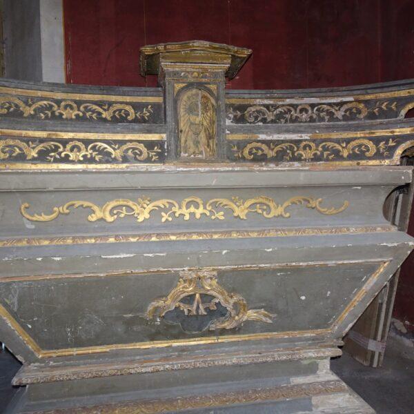 Altare in legno laccato e dorato XVIII secolo-1