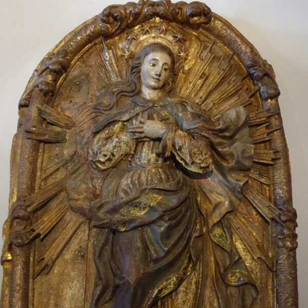 Madonna in legno policromo XVII secolo-1