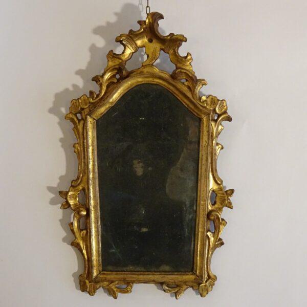 Specchierina in legno dorato XVIII secolo